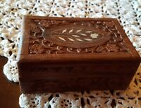 "VINTAGE ♡  WOODEN CARVED BOX FOR JEWELRY AND TRINKETS ♡ 6"" x 4"" x  2.5"""