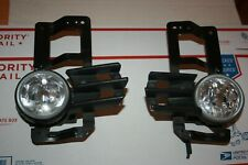 Mitsubishi Montero Sport Fog Light Set right & left 2000-2004