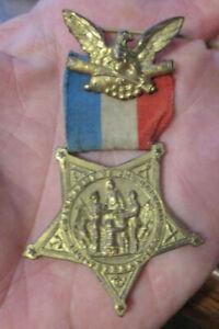 GAR Veterans medal EARLY STYLE EAGLE BROACH