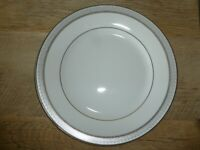 "Mikasa Platinum Crown Fine China 8"" Salad Plate L3428 - New - Free Shipping!"