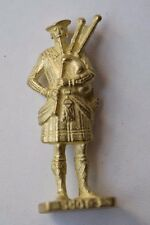 Vintage Collectible Kinder Ferrero Egg Metal Scot 3 Warrior Figurine N199 Retro