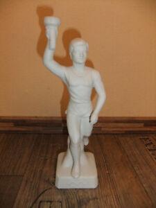 Figur Olympia Fackelträger Keramik