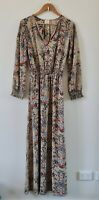 Label of Love Size 10 Tan Red Blue Floral Pattern Long Sleeve Elastic Waist