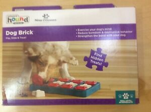Nina Ottosson - Dog Brick Game Toy Outward Hound Level 2 Learning Playtime Puppy