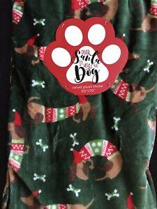 NWT Holiday Christmas Dachshund Weiner Dog Green Soft Plush Throw Blanket 50x70