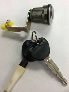 OEM MB574776 NEW Trunk Lock Cylinder DODGE,MITSUBISHI,PLYMOUTH