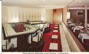Pittsburgh Pennsylvania Holiday House Cocktail Lounge Postcard PA B27