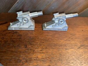 (2) Vintage Manoil Barclay Field Artillery Cannons