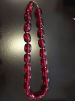 1920s ART DECO FACETED CHERRY CHERRY RED BEAD NECKLACE
