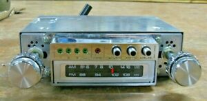 Mecca 8-track car stereo player w/ AM/FM/MPX radio NOS