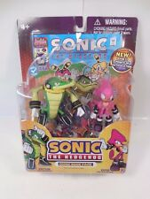 SONIC THE HEDGEHOG VECTOR & ESPIO ACTION FIGURE COMIC BOOK PACK SEALED MOC