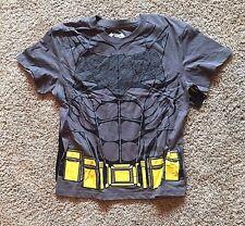 NWT Boy/'s Gray Short Sleeve Batman Top with Cape Medium