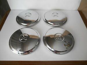 Wheel caps For Austin Morris 1100 1300 Letter M