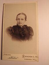 Menden - Frau - Portrait / CDV