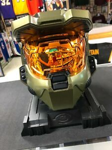 Master Chief Halo 3 Helmet With Stand