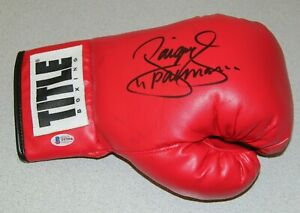 """MANNY """"PACMAN"""" PACQUIAO SIGNED AUTOGRAPHED AUTO TITLE BOXING GLOVE BAS #T97994"""