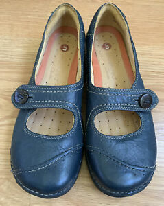 Clarks Unstructured Un Poem Mary Jane Blue Leather Flat Comfort Shoes Womens 8.5