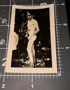 1940s NUDE Army Man SHOWER Naked WWII Vintage Gay Int Snapshot PHOTO