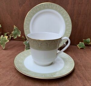 Vintage Royal Doulton Sonnet H5012 Tea Trio Tea cup, saucer and side plate more+