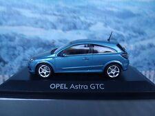 1/43   Minichamps Opel Astra H GTC