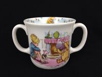 Royal Doulton England Disney Classic Winnie The Pooh Double Handled Child's Cup
