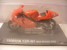 Miniature MOTO 1/24 eme IXO ALTAYA Metal YAMAHA YZR-M1 Max BIAGGI 2002 1 24