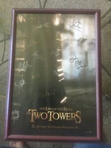 Lord Of The Rings Signed Poster By 17 Including Peter Jackson The Two Towers
