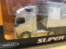 VOLVO FH Diecast Model Truck SILVER WELLY 1:32 Scale Gift Collectable