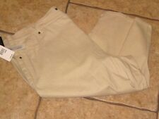 NWT Women's Size 24W CAPRIS  KHAKI    R$40