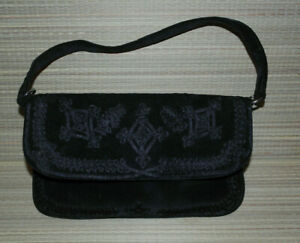OASIS WOMENS BLACK FAUX SUEDE SMALL HAND BAG (WB44)