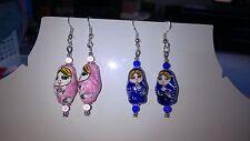 boucle d oreille rose ou bleue matriochka poupée russe clip ou non