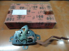 Alfa Romeo - 156 - Motorkap slot / Engine compartment LOCK              60626805