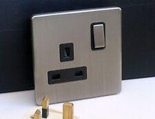 Eurolite Screwless Satin Nickel 1 Gang 13amp DP Plug Switched Socket Black