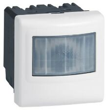 Interrupteur détecteur de mouvements - 3 fils, 2000W Mosaic LEGRAND 78454