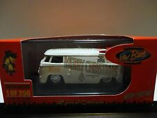 Milezone 2008 White Merry Christmas Volkswagen Drag Bus #13/250 Made