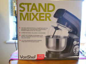 Vonshef Black Stand mixer  with 3 attachments- Used once