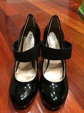 New DKNY Mary Jane Heels Size 7.5