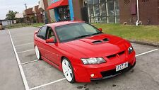 MONARO STYLE BONNET SCOOP FOR HOLDEN COMMODORE  VT VX VY VZ VE SS HSV GTS R8 LZ1