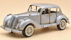 Tinplate Silver Medium Vintage 1939 Duesenberg Vintage BMW Car Model Figurine