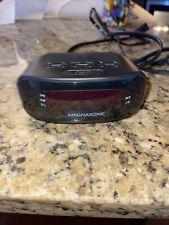 New ListingDigital Am/Fm Clock Radiowith Battery Backup & Dual Alarm (Eaac200)