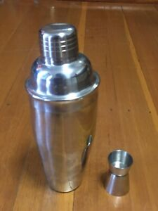 COCKTAIL SHAKER 18/10 Stainless Steel With Shot Measure Cup