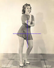 1942 LEGGY PHOTO OF ACTRESS ANNIE ROONEY IN A VERY SHORT SKIRT A-AROO