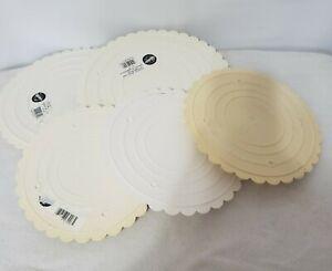 "Wilton Decorator Preferred Circle Separator Plate  3-8"" & 2-10"""