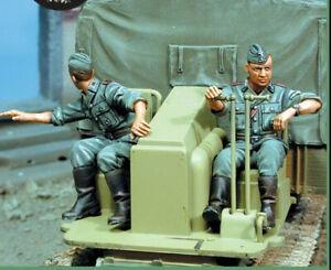 1/35 Resin WWII German RSO Crew 2 Soldiers Unpainted Unbuild 1147