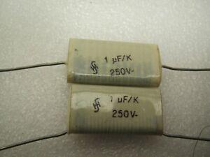 Siemens film capacitor 1300pF 1,3nF//1500pF 1,5nF 160V Ø11mm x 22mm