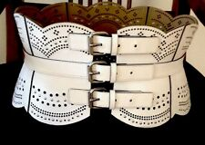 UNIQUE BCBG MAXAZRIA Scallop Cut Out/Tacks Corset Waist Belt Size Medium. EUC!