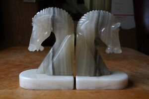 """Pair Of 2 Vintage Onyx Marble Natural Stone 5"""" Horse Head Bookends"""