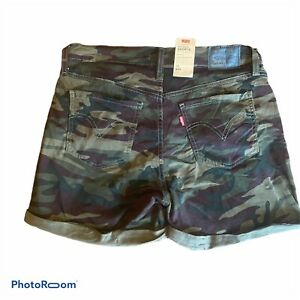 Levis NWT Womens Mid Length Mid Rise Shorts Camouflage Camo Cuffed Sz 10 W 30