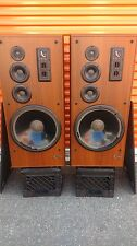 INFINITY SM-152 TOWER SPEAKERS - INCREDIBLE SOUND-- LOCAL P/U ONLY