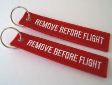 REMOVE BEFORE FLIGHT - 2 STÜCK rote Schlüsselanhänger remove before flight -NEU-